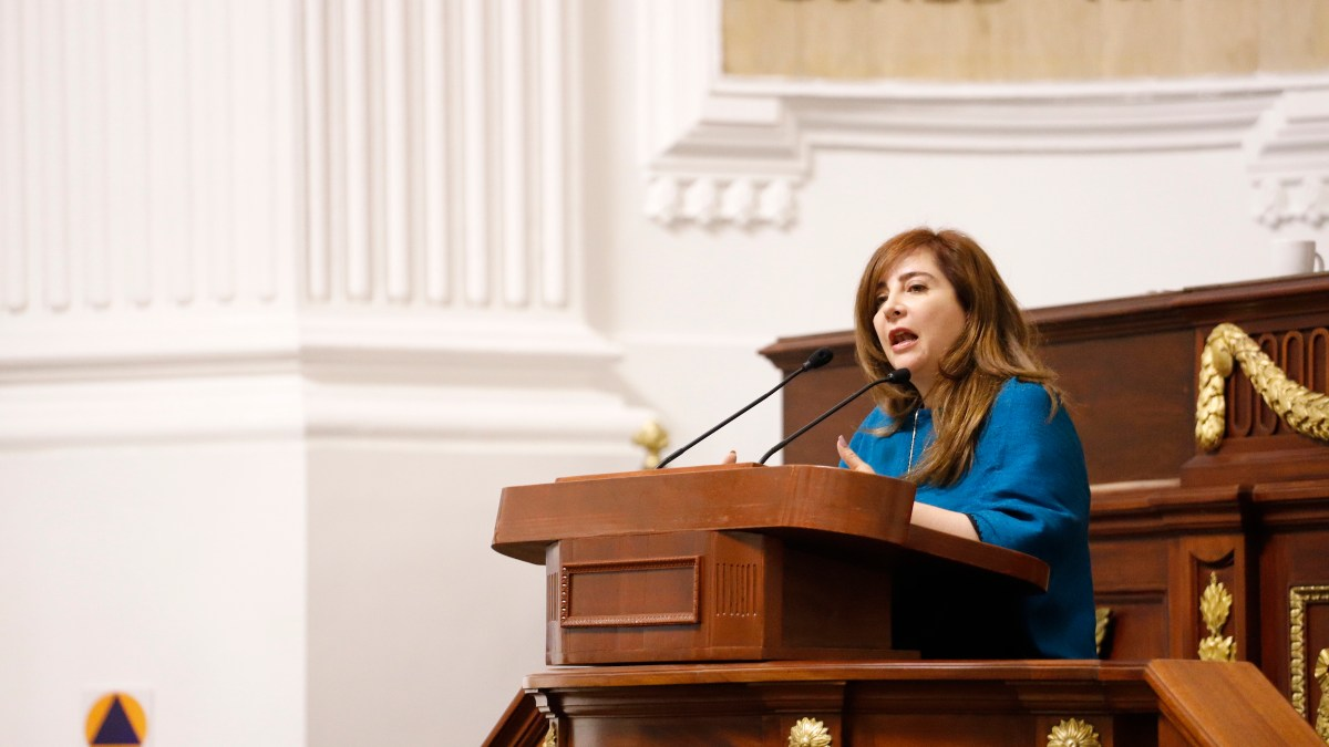 Diputada Gabriela Salido pide transparencia de urbanizarse base militar en Santa Fé