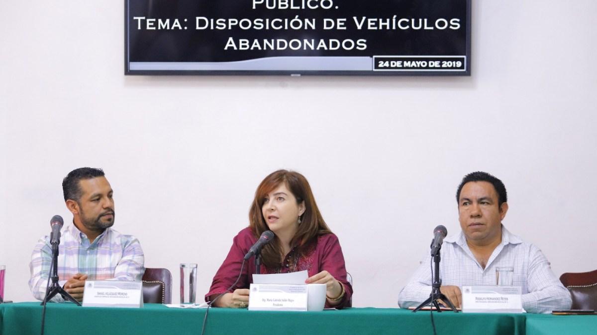 Congreso CDMX escucha alternativas de 'chatarrización' de vehículos abandonados