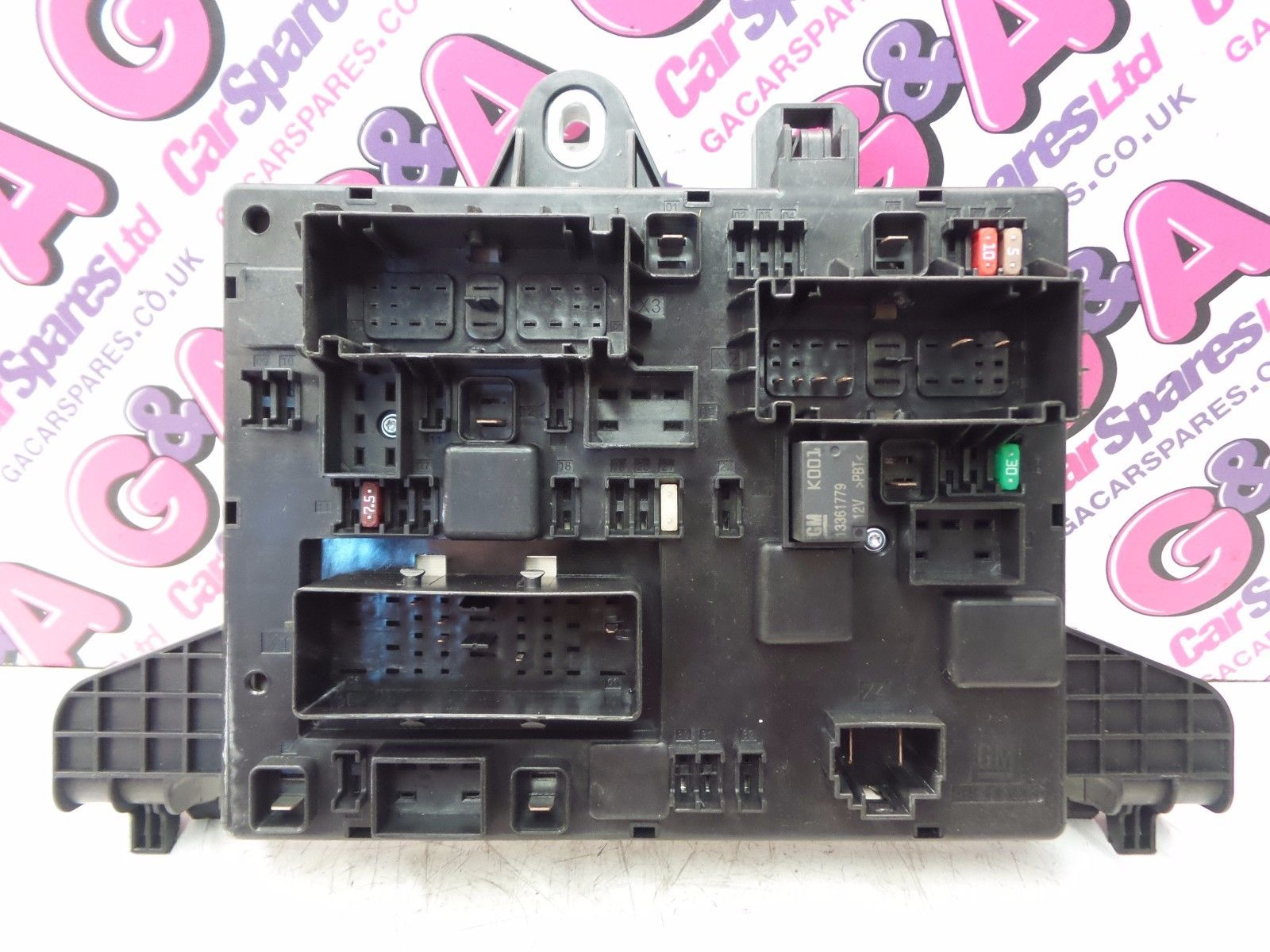 hight resolution of vauxhall astra gtc 1 6 16v petrol turbo rear fuse board fuse box 2011 2015