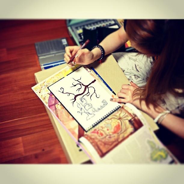 Hilangkan Stres dengan Menggambar
