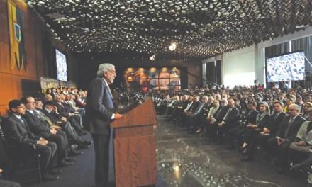 A 50 años del movimiento del 68, el rector Enrique Graue da la bienvenida a la nueva generación