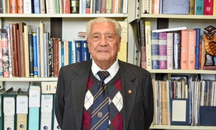 Doctor Humberto Gasca: 20 años de ser el cronista de la Facultad de Medicina