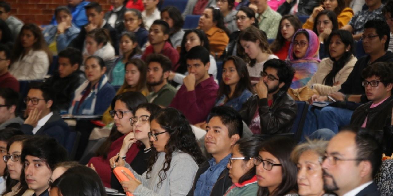 Cuatrocientos ochenta estudiantes de la UNAM cursarán una estancia en el extranjero