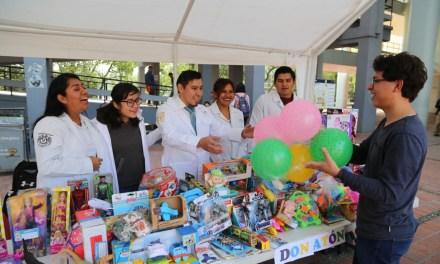 Donatón #FacMed: Sorpresas, regalos y alegría