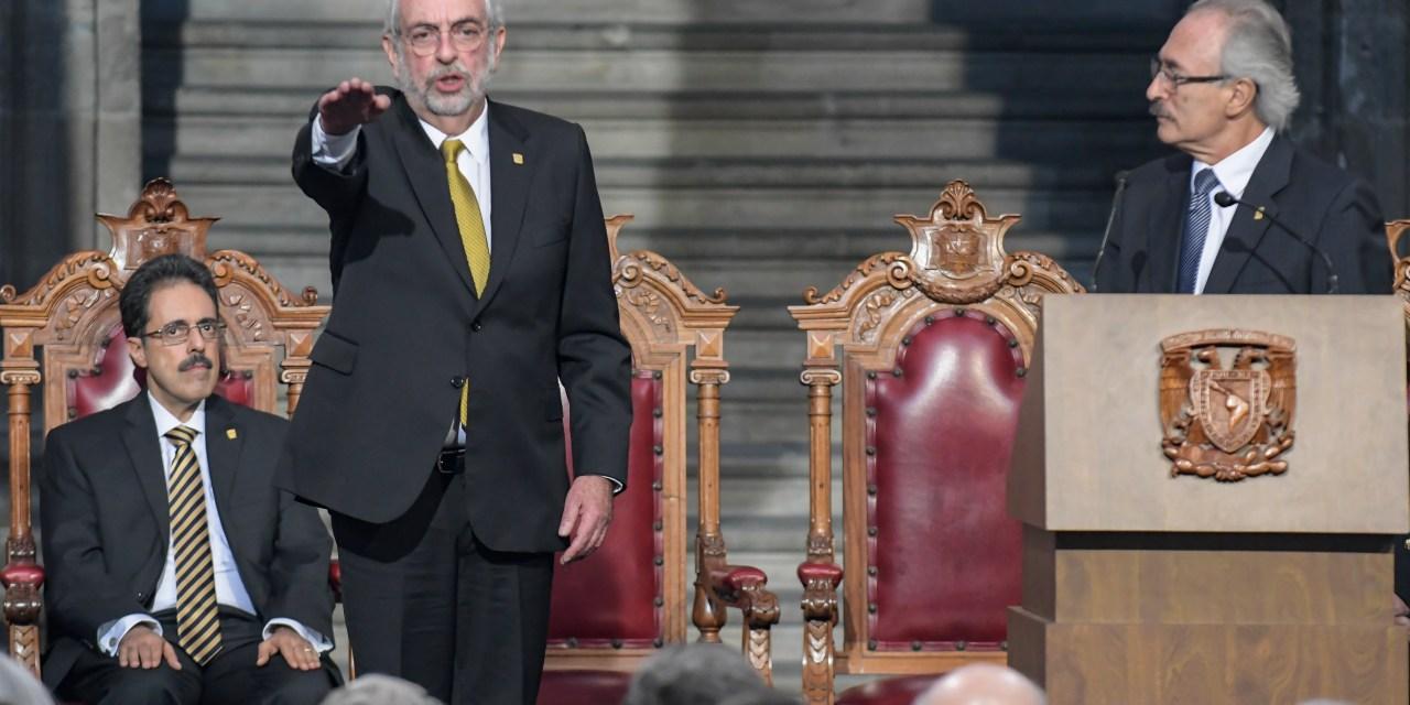 El doctor Enrique Graue tomó protesta como rector