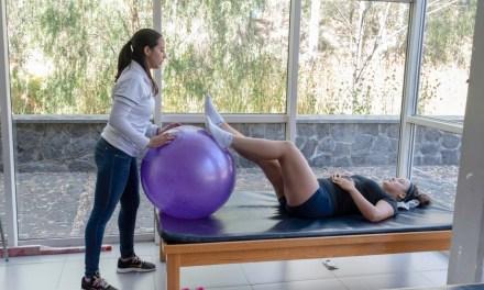 Egresadas de Fisioterapia prestan sus servicios en Medicina del Deporte