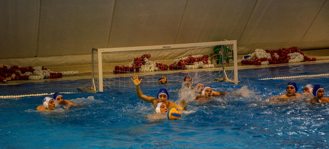 El club nataci n cuatro caminos organiza este s bado su for Piscina municipal vicalvaro