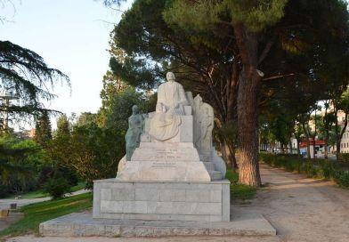 La estatua de Concepción Arenal en el Parque del Oeste toma la palabra