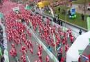 Más de 7.000 Papá Noel corren por el centro de Madrid a favor de la investigación contra el cáncer