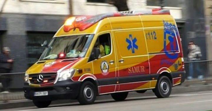 Herido crítico un motorista de 55 años tras ser arrollado por un turismo en Chamartín