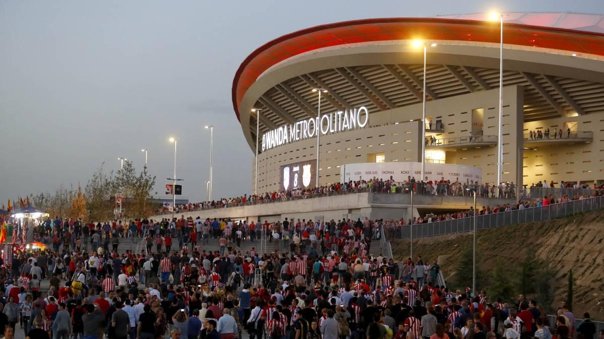 """La vecindad de San Blas-Canillejas se manifestará ante el """"caos"""" generado por los partidos del Wanda Metropolitano"""