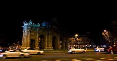La madrileña Puerta de Alcalá se suma este sábado a la Hora del Planeta