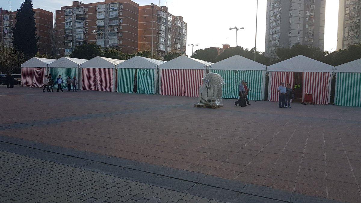 Se suspende temporalmente la Feria de Abril en Aluche por falta de plan de emergencias completo