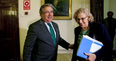 Manuela Carmena pide ayuda al Ministro del Interior para costear la atención a peticionarios de refugio