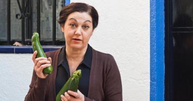 """Pilar Massa interpreta este jueves """"El notario"""", la adaptación teatral de la novela homónima de Nikos Vasiliadis"""