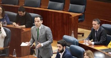 """Aguado a Garrido: """"Su presidencia será interina, pero sus competencias son plenas, así que úselas"""""""