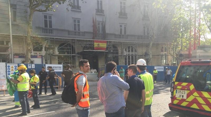 Un obrero muerto y 11 heridos tras derrumbarse un forjado en las obras del hotel Ritz