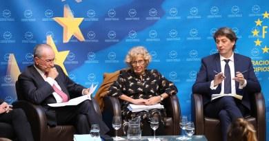 "Manuela Carmena: ""La política de consenso es la que consigue un buen objetivo"""