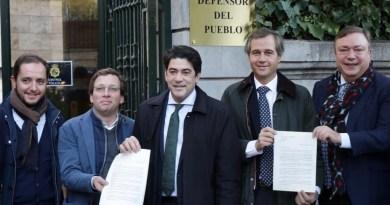 El PP de Madrid pide al Defensor del Pueblo que paralice los semáforos de la A-5