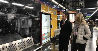 La estación Aeropuerto T1-T2-T3 acoge una exposición fotográfica de la historia de Metro de Madrid