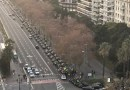 Una columna con decenas de vehículos VTC recorre las calles de Madrid