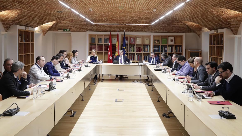 Ángel Garrido se reúne con los principales representantes del sector del VTC