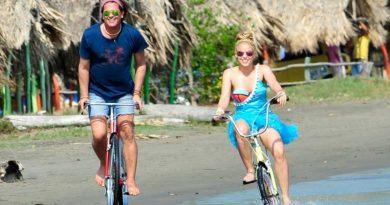 El Juzgado nº12 de Madrid desestima la demanda de plagio de 'La bicicleta' de Shakira y Carlos Vives