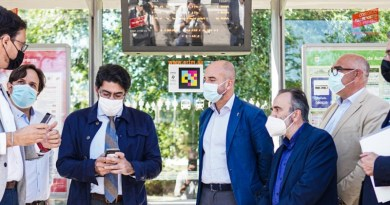 Madrid implantará de forma masiva el sistema NaviLens en las paradas de autobús