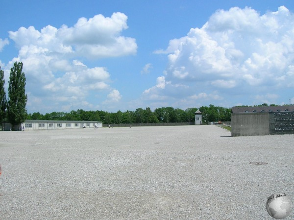 Dachau-Big square for roll call_2225962030096713974