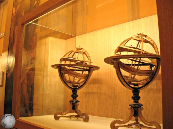 Globe Museum_2215536730096713974