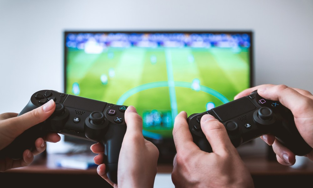 Component shortage hits gamers - Gadget
