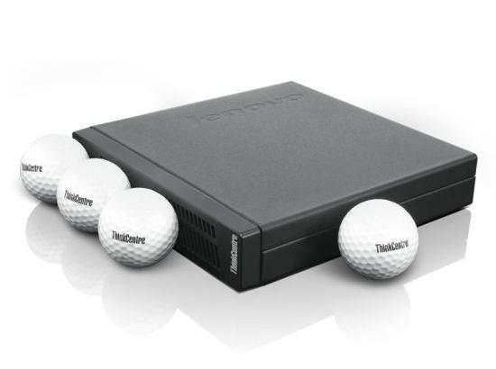 手のひらサイズの超小型デスクトップパソコン