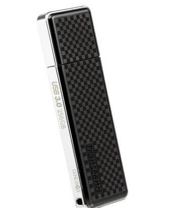 USB3.0 対応の256GBのUSBメモリ
