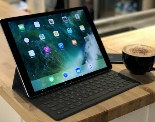 iPad Pro 12.9 2015/2017 Keyboard Case