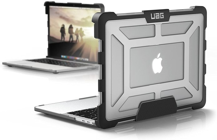 UAG Plasma Series MacBook Pro