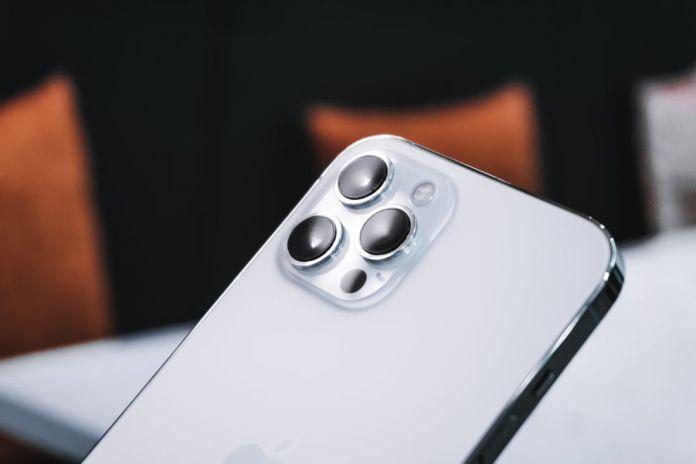 Peluncuran iPhone 13