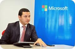 Carlos Coba de Microsoft