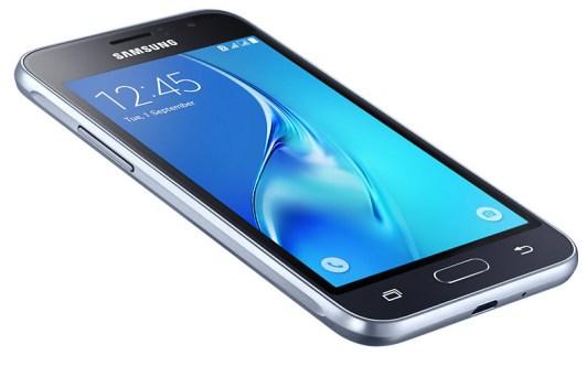 "Samsung Galaxy J1 2016 dengan Layar 4,5"": Harga & Spesifikasi ee4"
