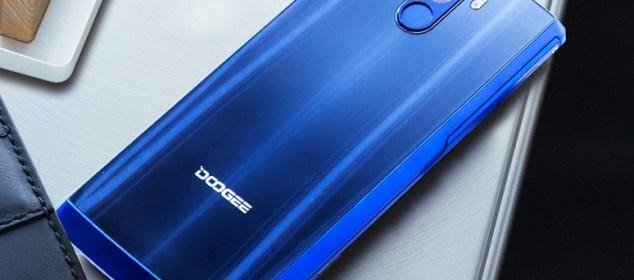 Doogee BL12000 mulai Dijual: Baterai 12000 mAh, 4 Kamera, Harga 2.8 Juta 1