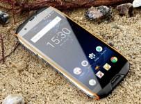 Oukitel WP5000: Smartphone Rugged RAM 6GB Baterai 5200 mAh 3