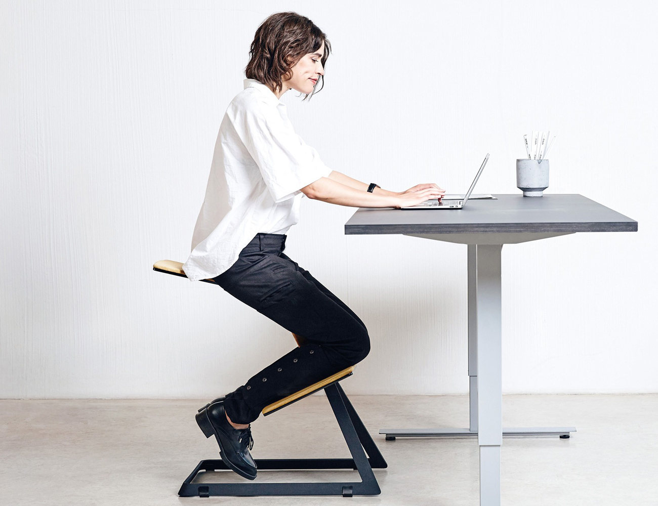 ergonomic chair keyboard position how to make chairs w  the truly desk gadget flow