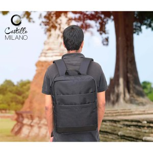Slimz black backpack with double front pocket by Castillo Milano