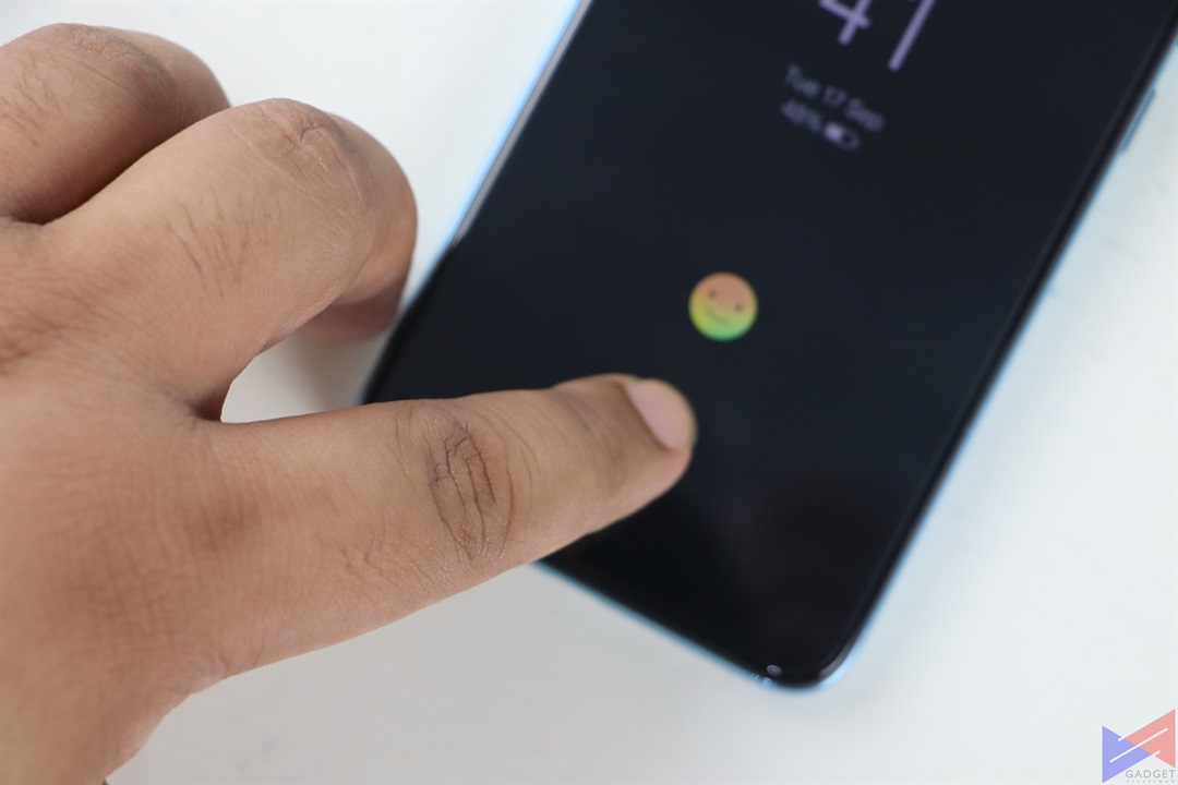 Vivo S1 In-Display Fingerprint Scanner