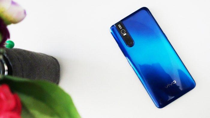 Persaingan smartphone atau HP Android ketika ini sangat menarik alasannya ialah sudah mulai banyak y Ini Dia 6 HP Android RAM 6GB Terbaik di Tahun 2019