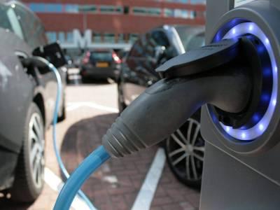 electric vehicles: Kenya v Rwanda