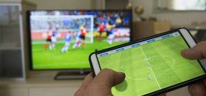 How To Wirelessly Connect Your Smartphone Or Tablet To Any TV