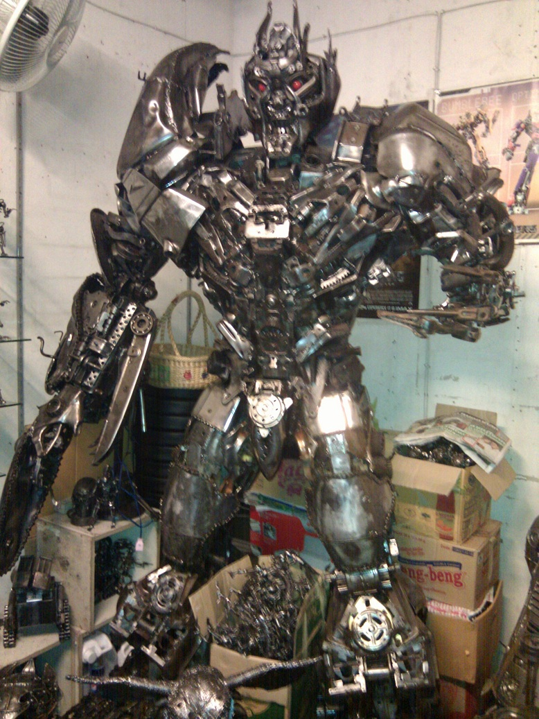 LifeSize Transformers and Other Awesome Statues