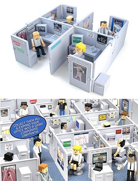 Set a mini office cubicle playset on desktop  Gadgetsin