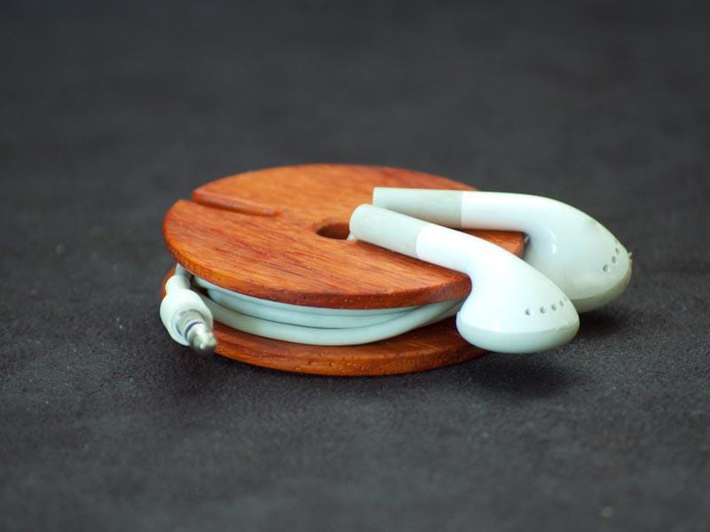 Wooden Earphone Cord Organizer Gadgetsin