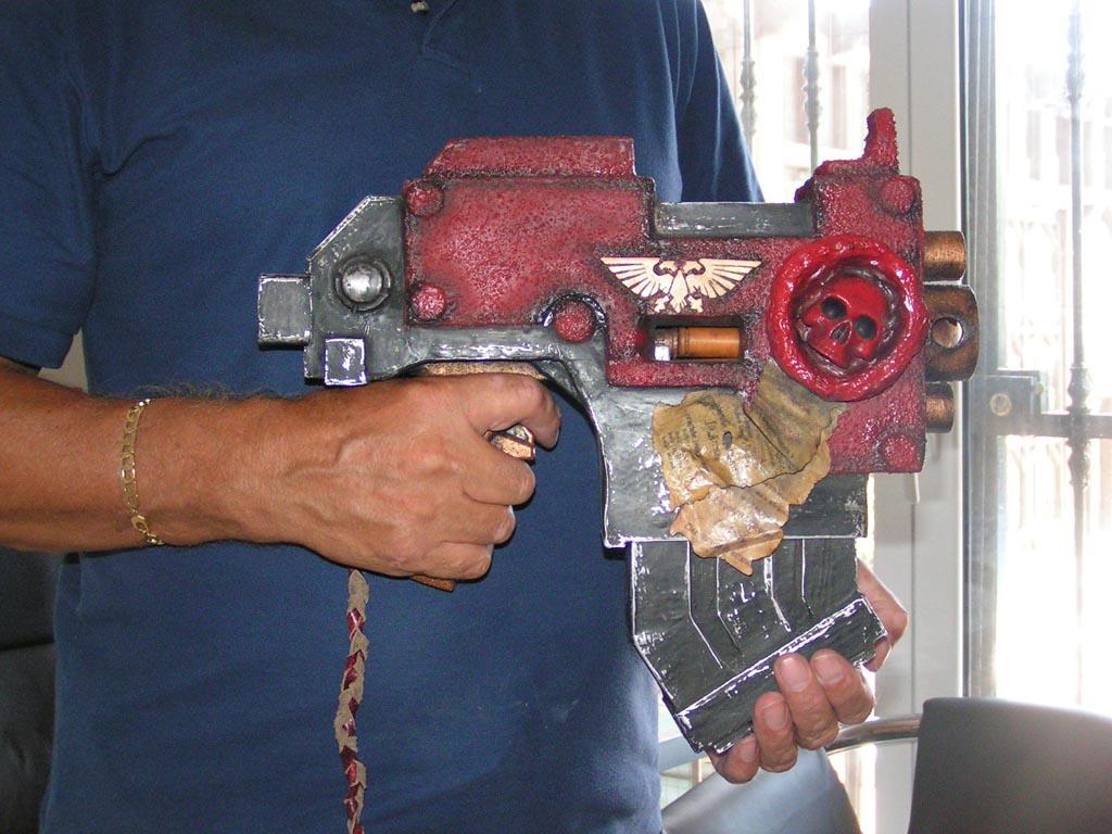Space Marines Bolt Pistol from Warhammer 40K  Gadgetsin